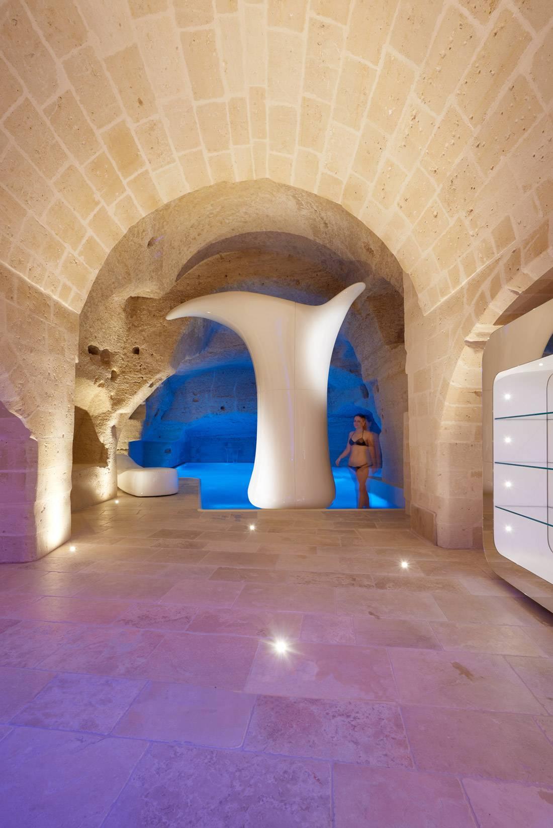 Aquatio Cave Luxury Hotel 11